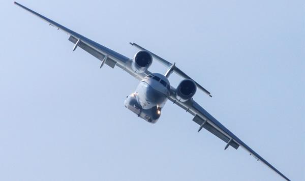 Украина на авиасалоне Dubai Air Show: демонстрационные полёты и контракты на инвестиции в производство Анов