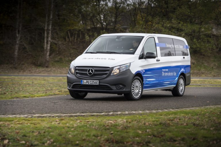 Mercedes-Benz представила новый электрический фургон eVito с запасом хода 150 км и пообещала перевести все свои коммерческие модели на электрическую тягу