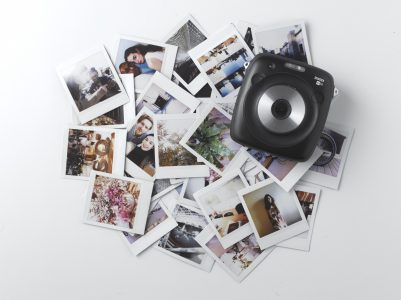 Polaroid подала в суд на Fujifilm за нарушение ее прав на форму пленки «квадрат в квадрате»