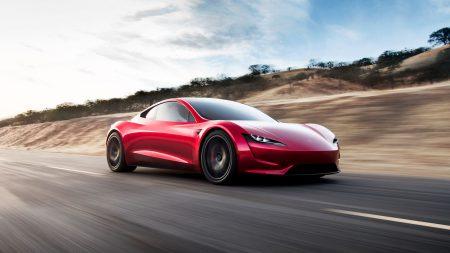 Tesla Roadster 2 — электрогиперкар со съемной крышей, временем разгона до сотни 1,9 сек, максималкой 400 км/ч, батареей на 200 кВтч, запасом хода 1000 км и ценником $200 тыс