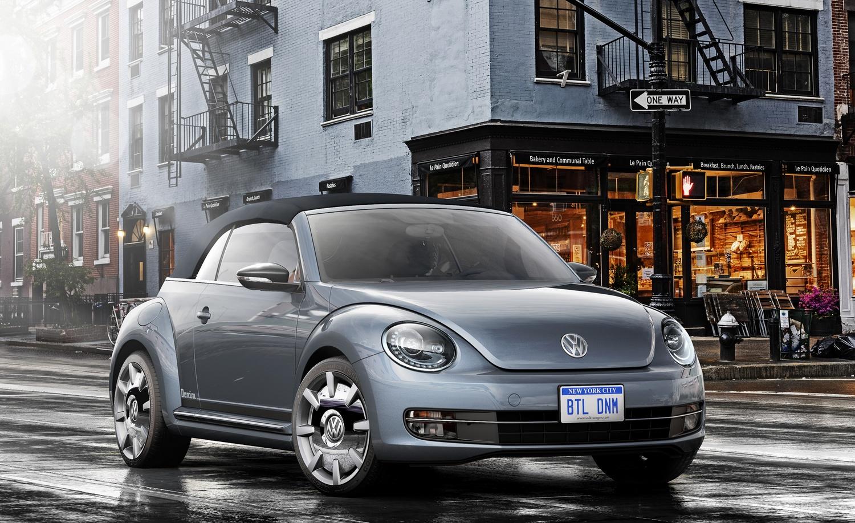 """Volkswagen может заменить текущее поколение """"Жука"""" полностью электрическим VW Beetle с задним приводом"""