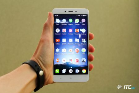 Новая реальная фотография смартфона Xiaomi Redmi Note 5 подтверждает большой экран 18:9 с минимальными рамками