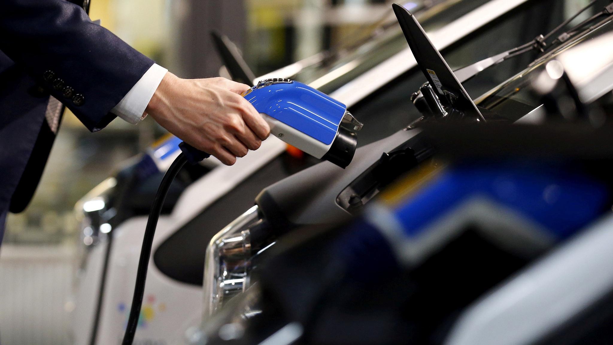 К 2025 Тойота откажется от моторов внутреннего сгорания