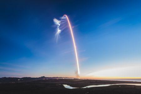 Видео дня: захватывающий Time-lapse последнего запуска ракеты SpaceX Falcon 9