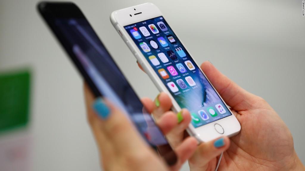 Самсунг иLG сообщили, что незамедляют старые мобильные телефоны
