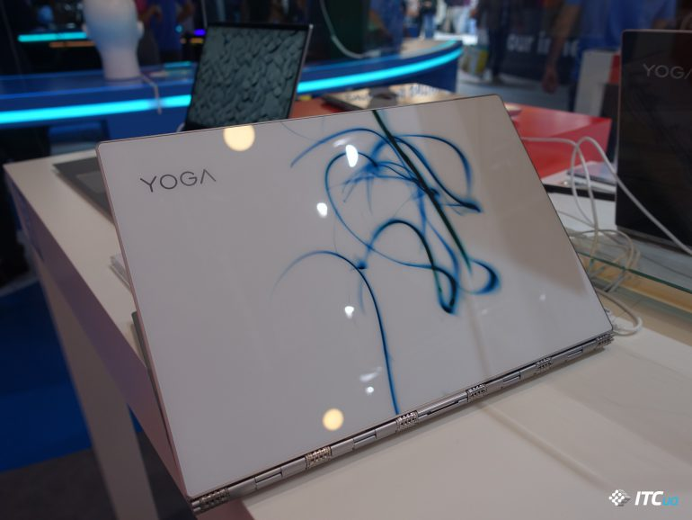 1 [19659014] Just note that Lenovo promises to sell in Ukraine, including the &quot;glass&quot; Yoga 920 with bright patterns on the lid, they were shown at the presentation within the framework of IFA 2017. </span></p> <div class=