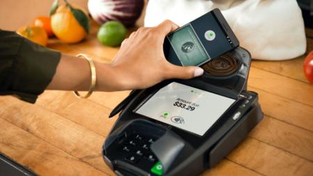 Еще один украинский банк подключился к системе Android Pay
