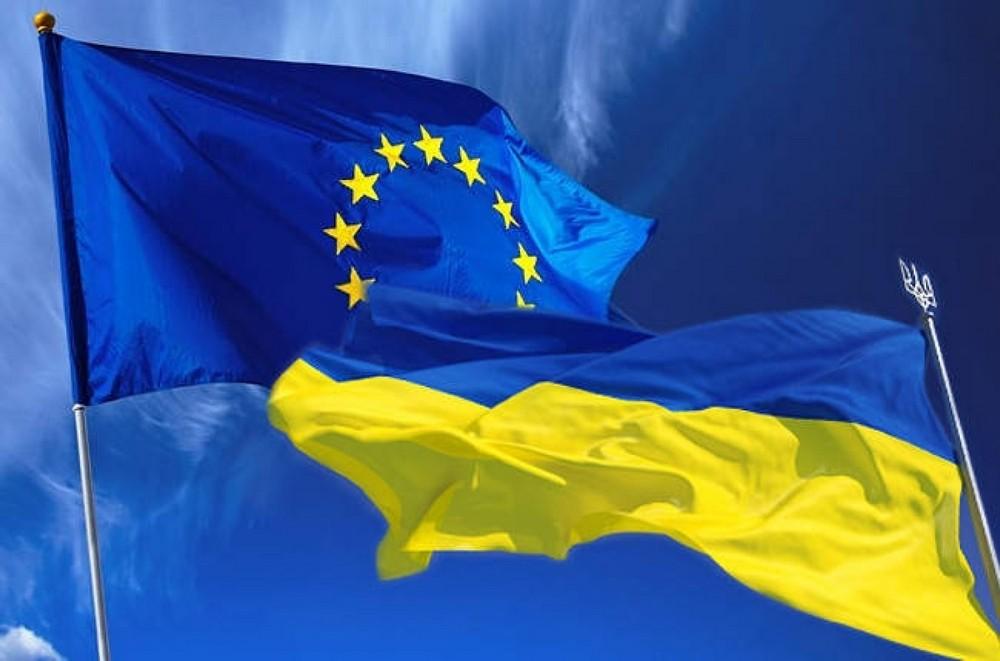 Заполгода неменее 350 тыс. украинцев проследовали вЕС побезвизу— Госпогранслужба