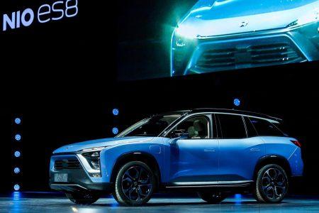 В Китае стартовали продажи семиместного электрокроссовера NIO ES8 с поддержкой быстрой замены и аренды батарей по цене от $53 тыс.