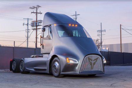 Американский стартап представил электрогрузовик Thor ET-One с запасом хода от 160 км и стоимостью от $150 тыс., который собирается побороться за рынок с Tesla Semi