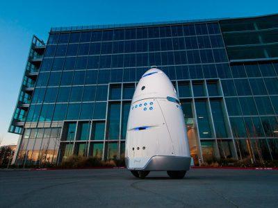 В Сан-Франциско защитники бездомных животных использовали роботов для разгона бездомных людей с тротуаров