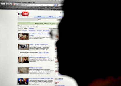 Из-за противоречивых инструкции YouTube на платформе активно продвигается неприемлемый для детей контент