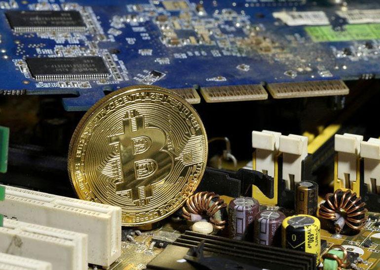 Правительство Южной Кореи заявило о намерении заблокировать работу бирж криптовалют в стране, что резко обвалило курс Bitcoin