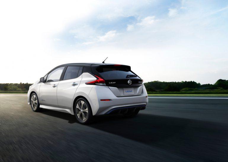 Nissan огласил комплектации и цены на новый электромобиль Nissan Leaf в Великобритании: пять версий, от $29,8 тыс. до $45,6 тыс.