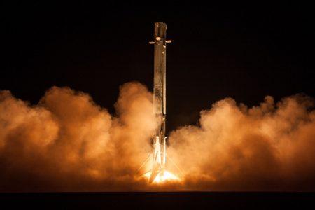 «Куда подевался Zuma?»: Запущенный позавчера SpaceX секретный правительственный спутник не вышел на орбиту