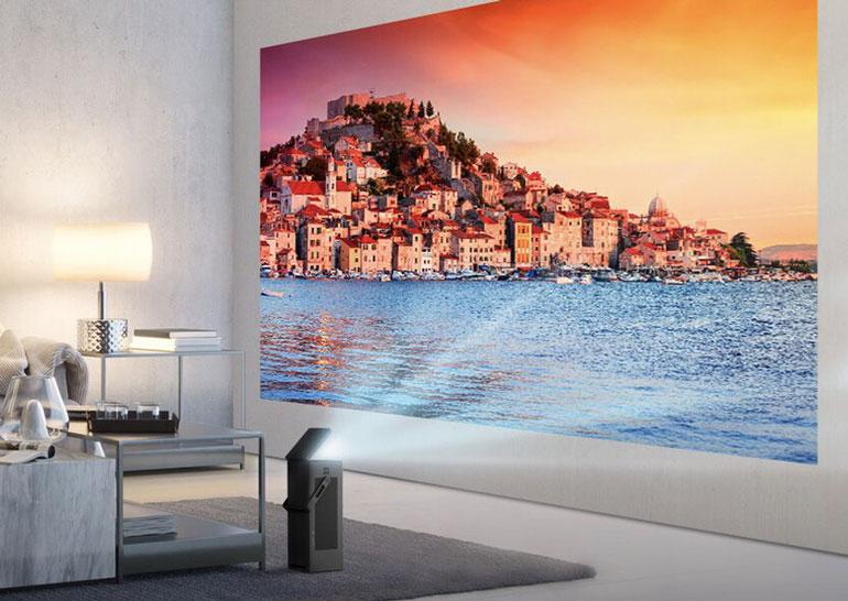 Проектор LG HU80KA поддерживает разрешение 4K HDR-контент и может выводить