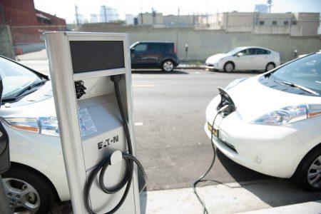 К 2025 году каждый пятый автомобиль во Львове должен быть электрическим
