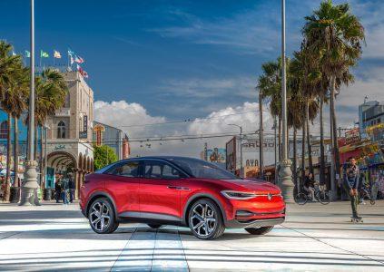 В Volkswagen рассказали, что электрический кроссовер I.D. CROZZ с мощностью 300 л.с. и запасом хода 500 км будет стоить от $30 тыс.