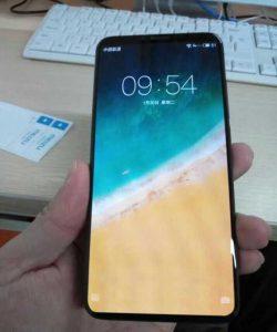 «Живые» фотографии смартфона Meizu 15 Plus демонстрируют отличное соотношение экрана к фронтальной панели и металлическую заднюю крышку