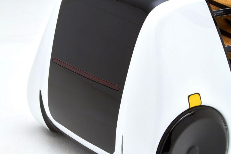 Robomart – первый в мире беспилотный продуктовый магазин на основе электромобиля с беспроводной зарядкой [CES 2018]