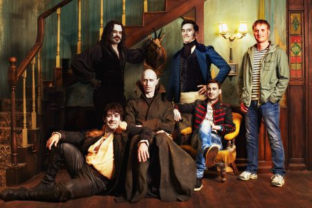 """Создатели комедии """"Реальные упыри"""" снимут сериал про вампиров на основе фильма, в работе также спин-офф """"We're Wolves"""" и сериал """"Wellington Paranormal"""""""