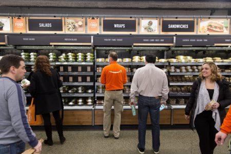 Amazon официально открыла свой первый продуктовый магазин без касс