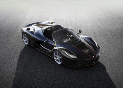 Ferrari выпустит электрический суперкар («раньше, чем выйдет новый Tesla Roadster») и даже кроссовер, хотя раньше считала эту идею абсурдной