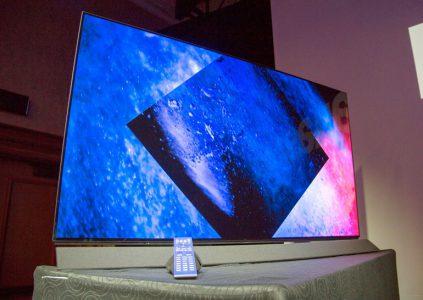 Panasonic показала 4K OLED телевизоры FZ800 и FZ950