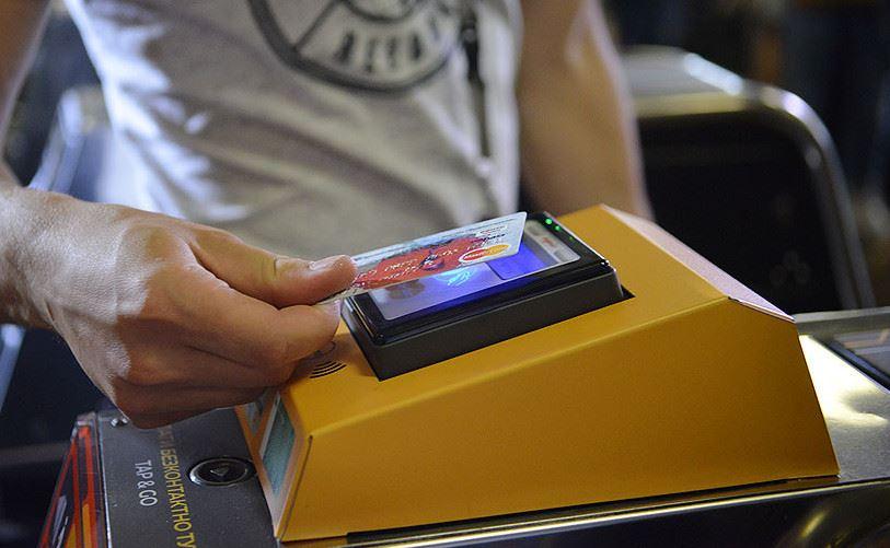 Вкиевском метро добавят терминалов для оплаты проезда банковскими картами
