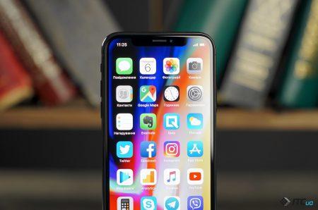 Nikkei: Samsung столкнулся с перепроизводством экранов OLED из-за плохих продаж Apple iPhone X