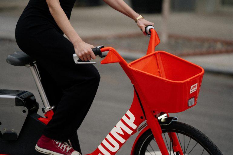 Uber займется прокатом электрических велосипедов