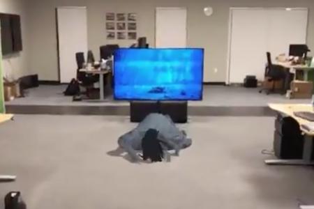 Разработчик с помощью платформы Apple ARKit воссоздал культовую сцену из фильма ужасов «Звонок» в дополненной реальности