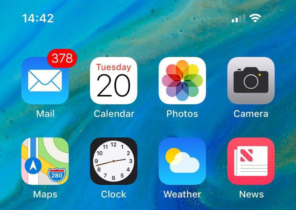 Apple убрали Пасху изкалендаря праздников в новейшей прошивке для iPhone