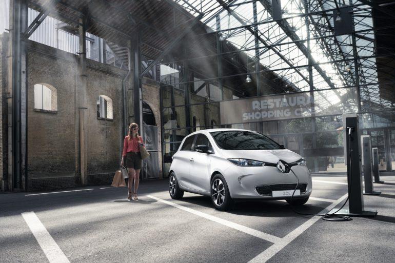 Renault открывает первый специализированный автомагазин, в котором будут продаваться исключительно электромобили - ITC.ua