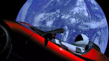 Энтузиаст запустил сайт для отслеживания перемещения Tesla в космосе в реальном времени