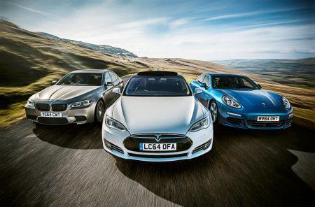 Электрический премиум-седан Tesla Model S впервые обогнал по продажам в Европе основных немецких конкурентов Mercedes S class и BMW 7 series