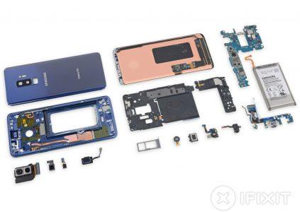 Специалисты iFixit, разобравшие смартфон Samsung Galaxy S9+, отметили его сходство с предшественником