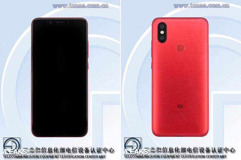 Фото лицевой панели смартфона Xiaomi Mi 7 указывает на наличие выреза вверху дисплея