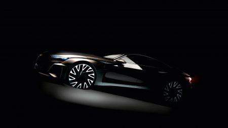 Audi анонсировала выход в 2020 году электрического седана премиум-класса Audi E-Tron GT и опубликовала его первое официальное изображение