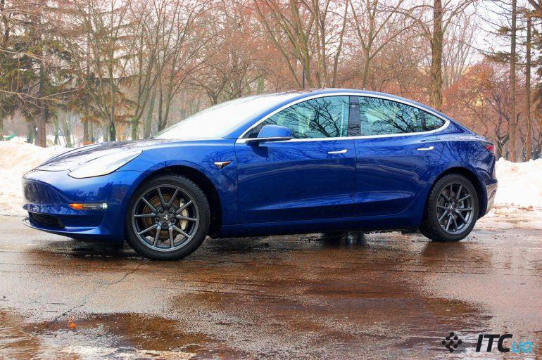 Первые впечатления за рулем первой Tesla Model 3