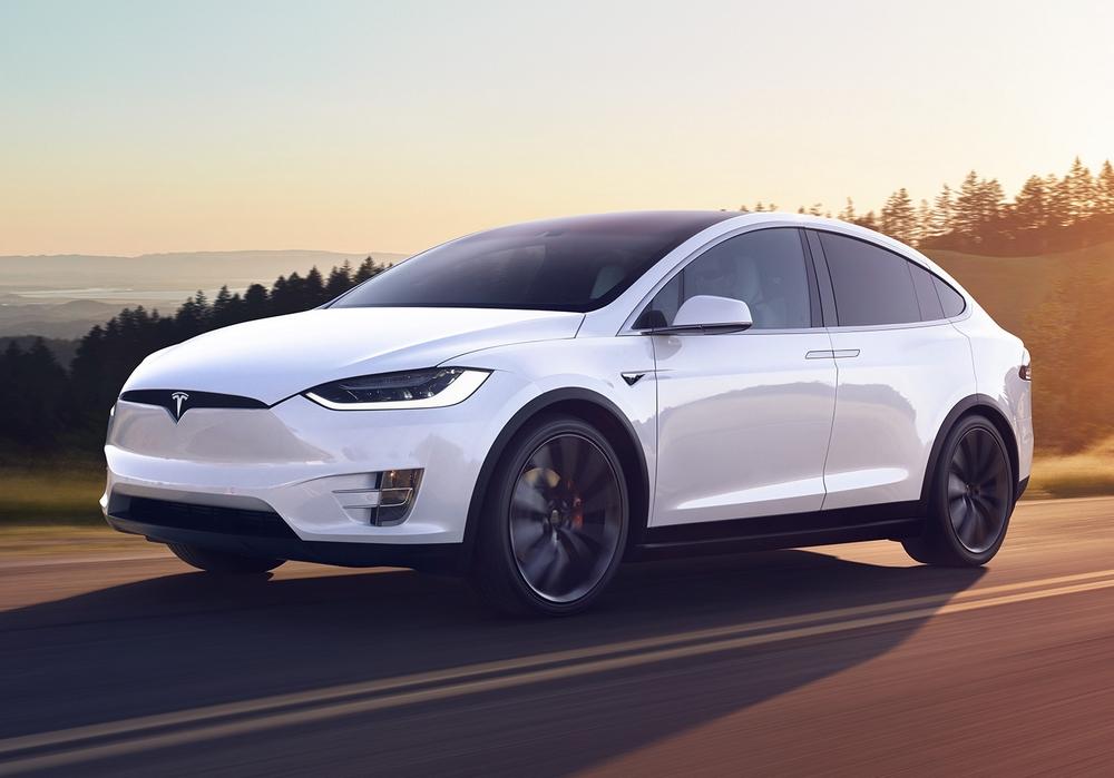 Стали известны детали смертоносного ДТП сэлектромобилем Tesla Model X