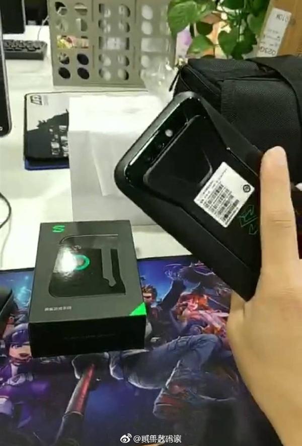 За день до анонса в сеть попали реальные изображения геймерского смартфона Black Shark от Xiaomi
