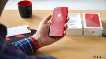 Распаковываем iPhone 8 Plus (PRODUCT)RED