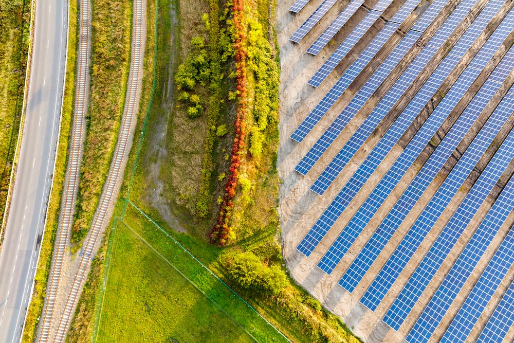 Google полностью перешел на возобновляемую энергию, которой он покупает больше, чем Amazon, Microsoft и Apple, вместе взятые