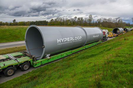 Hyperloop Transportation Technologies начинает строительство первого тестового трека и готовится к началу испытания уже в этом году