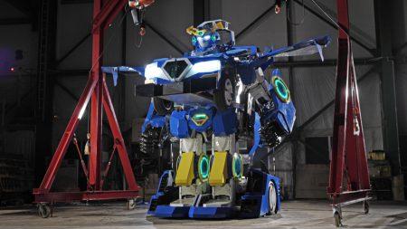 В Японии сделали настоящего трансформера J-deite RIDE, который превращается из робота в автомобиль и обратно с двумя людьми внутри [видео]