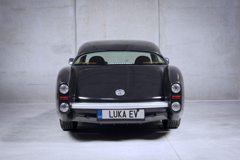 Чешский стартап MW Motors создал ретро-электромобиль Luka EV с четырьмя электродвигателями в колесах, запасом хода 300 км и ценником 30 тыс. евро