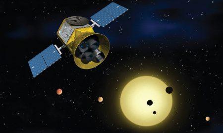 SpaceX вывела на орбиту охотника за экзопланетами нового поколения TESS
