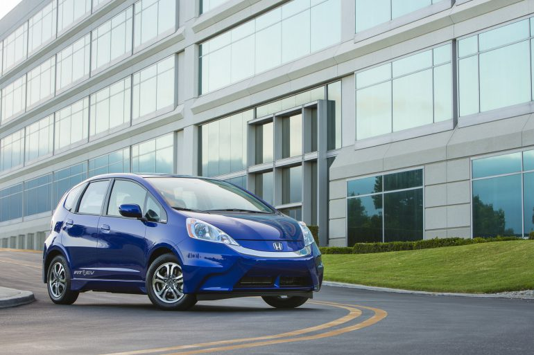 В 2020 году Honda перевыпустит электромобиль Honda Fit EV, обеспечив запас хода в 300 км при ценнике всего $18 тыс.