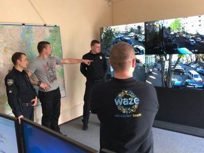 Патрульная полиция Киева начала обновлять карты Waze информацией о ДТП, пробках, ремонтах и перекрытиях